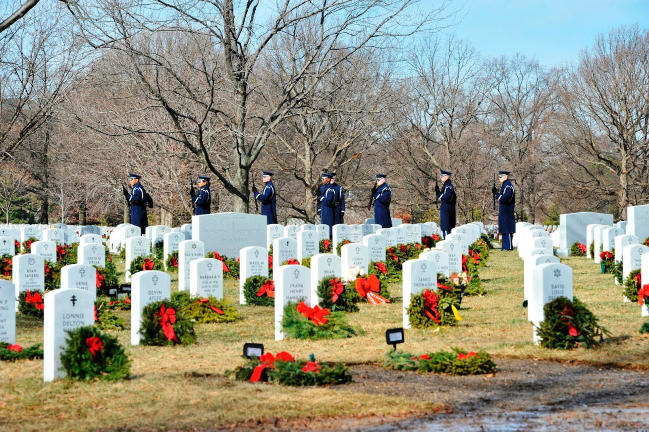 Alrington National Cemetery Tours